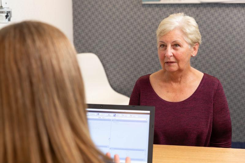 woman hearing assessment speech Audiometry